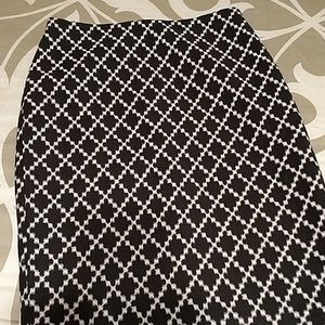 Ann Taylor skirt size 4 new with tags